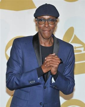 Arsenio Hall Uninjured in Minor Car Accident