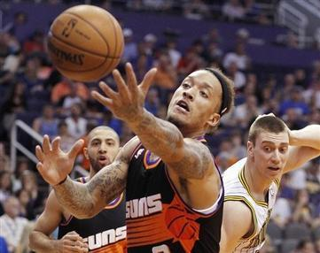 NBA's Michael Beasley Dropped by Phoenix Suns after Marijuana Bust
