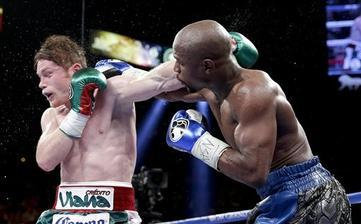 Mayweather Too Fast in Easy Win over Alvarez