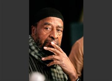 Jazz-Man Yusef Lateef Dies at Age 93 in Mass.