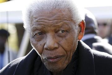 South Africa: Mandela Back in Hospital for Tests