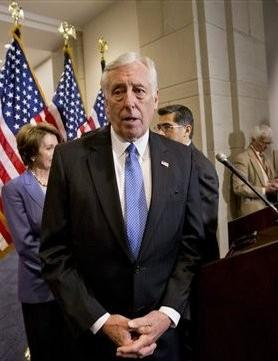 Steny Hoyer Hosts Black History Breakfast in Waldorf