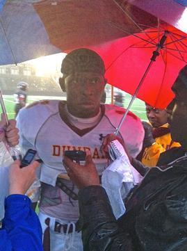 Dunbar Edges City College in Rainy Thriller