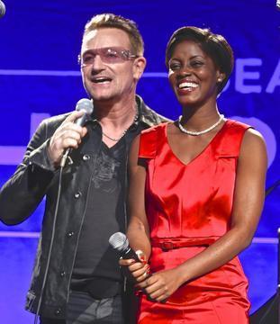 Sean Penn's 'Help Haiti Home' Benefit Draws Hollywood Celebs, Raises Big Bucks