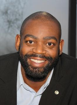 UMES' Clifton Harcum wins 2013 Jefferson Award