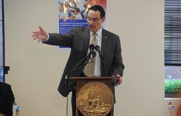 D.C. Mayor Gray Launches Campaign to Move Homeless Families into Permanent Housing