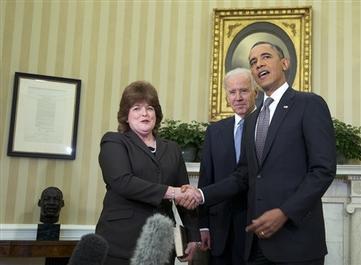 Obama Names Veteran Agent First Female Secret Service Chief