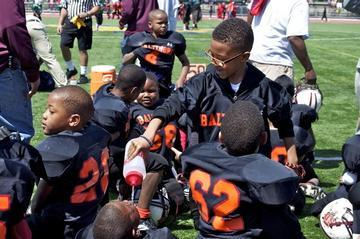 NFL Player Empowers Baltimore Boys through Youth Academy
