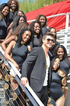 Robin Thicke Spotlights HBCU Dance Teams in Video