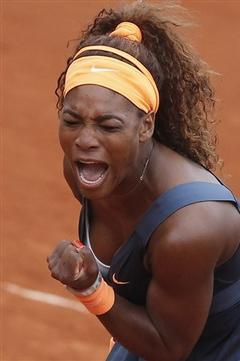 Serena Williams Reaches 4th Round at French Open