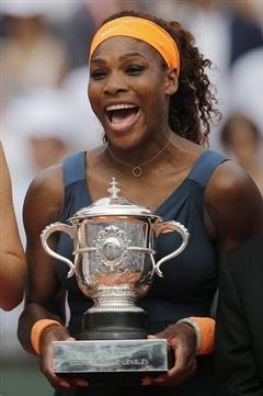 Serena Williams Beats Sharapova in French Open Final