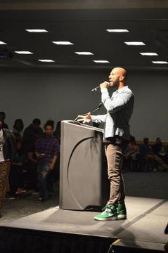 "Common Talks ""Greatness"" With Students at Towson University"