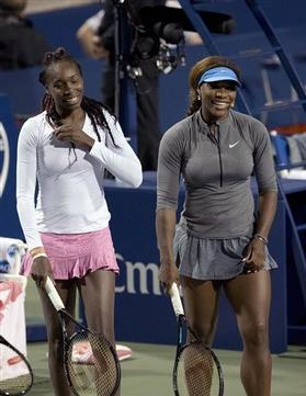 Serena and Venus Test their Culinary Skills
