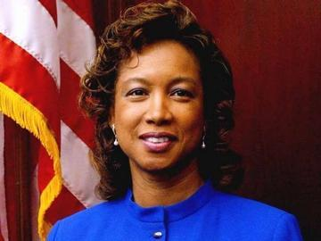 Fla. Lt. Gov Jennifer Carroll, Quits; Tied to Firm under Investigation