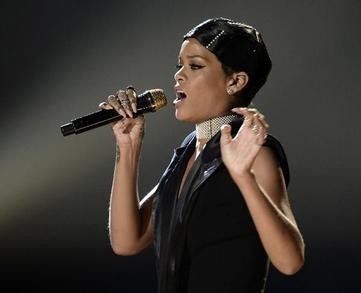 Rihanna Garners Criticism after Receiving Icon Award