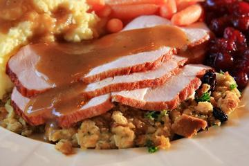 Nutritionists Urge Healthy Alternatives to Traditional Holiday Food