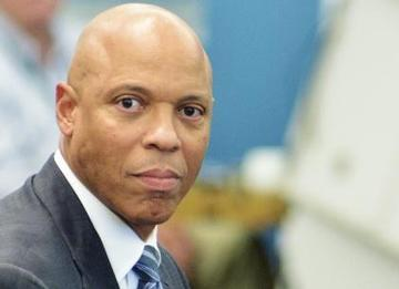 Hite to Head Philly Schools