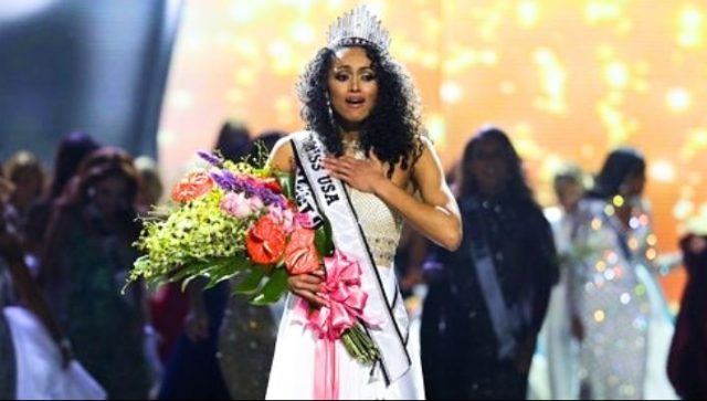 Miss District of Columbia Kára McCullough Crowned Miss USA